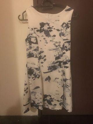 🚚 sleeveless dress