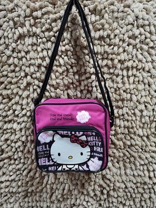 100‰ Hello Kitty Sling Bag