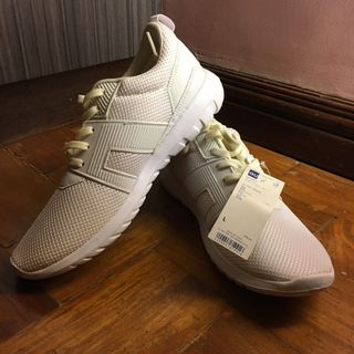 0d68794e6f4b7 GU Off White Running Shoes