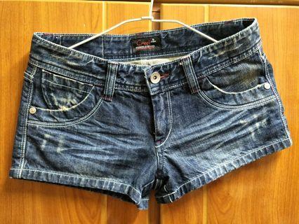 🚚 有品牌 牛仔短褲