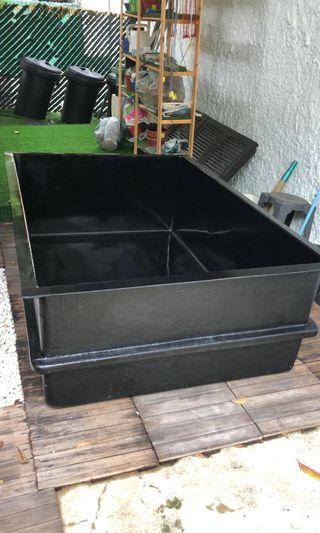642ft fgt aquarium koi pond With delivery will be $800
