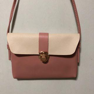 🚚 (Sales) Pink Thin Small Sling Bag