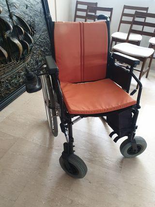 🚚 Almost New Motorised Wheelchair