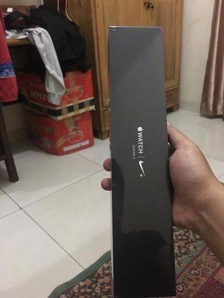 Jual iWatch Series 3 Nike+ 42mm BNIB