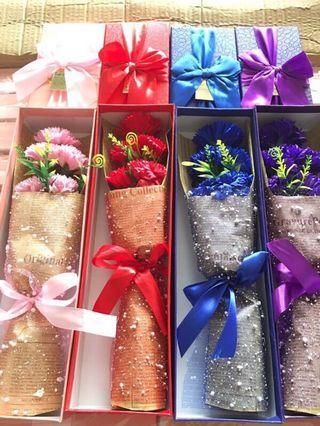 🚚 母親節禮物 5朵康乃馨香皂花束禮盒