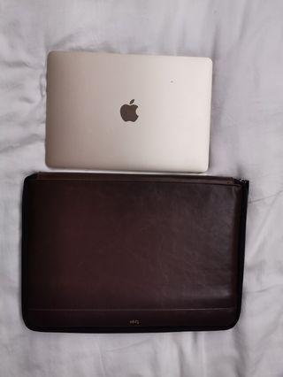 Typo laptop cover