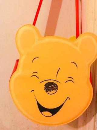 全新 Winnie the Pooh x bossini 雙面儲物袋