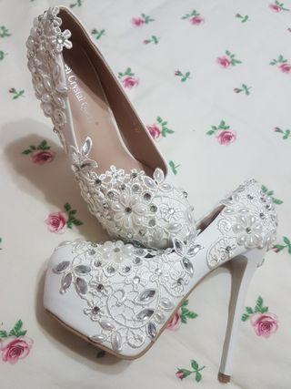 """Bridal 6"""" Platform Heels with Embroidery"""