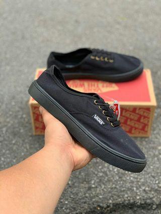 a3ab43524c49da Vans Pro All Black