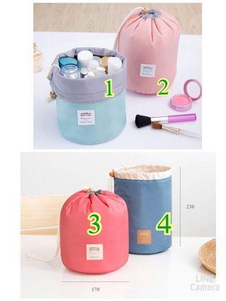 🚚 【雙畇媽咪】韓版 圓筒 旅行大容量 化妝包 收納包 紅色款(編號3)