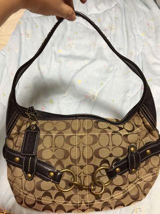 🚚 Coach hobo bag