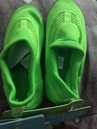 Sepatu anak merk iplay