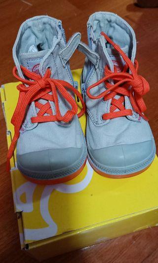 🚚 品牌帥氣童鞋