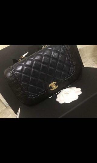 Chanel flap bag black gold genuine