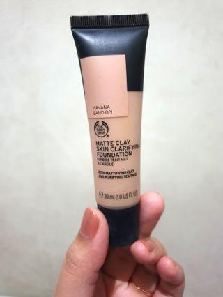 Matte Clay Skin Clarifying Foundation