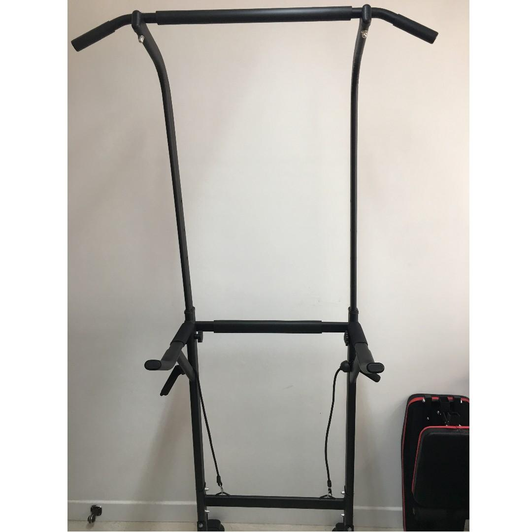 單雙槓引體上升多功能健身架 碳鋼製造 有靠背 (六段高度可調較) 可承受200Kg體重 陳列品