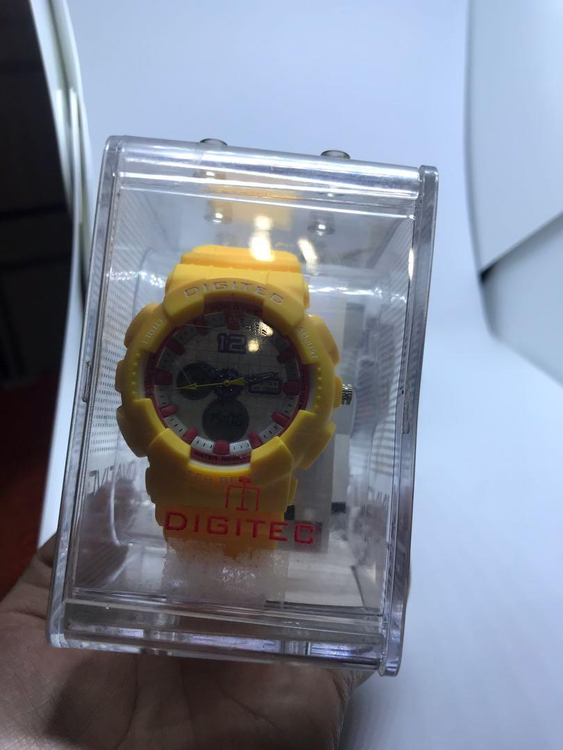 Digitec yellow
