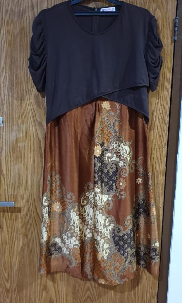 Dress batik menyusui