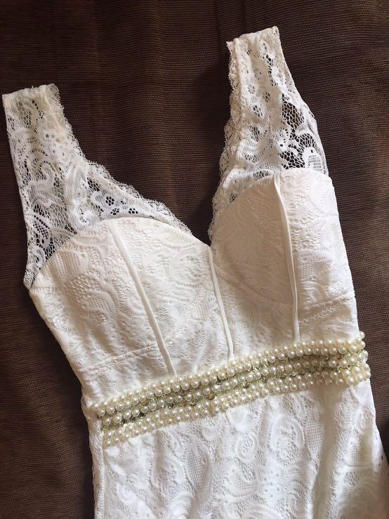 DRESS PROM NIGHT BROKEN WHITE
