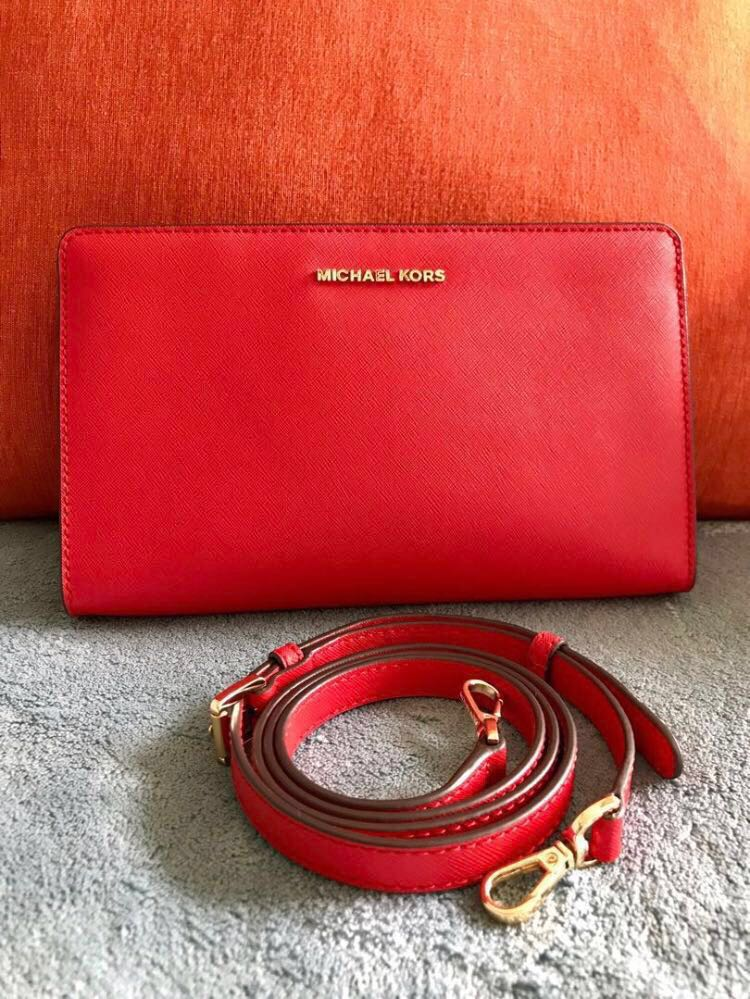fa6867926951 Michael Kors Bag / Sling Bag / Clutch, Luxury, Bags & Wallets, Sling ...