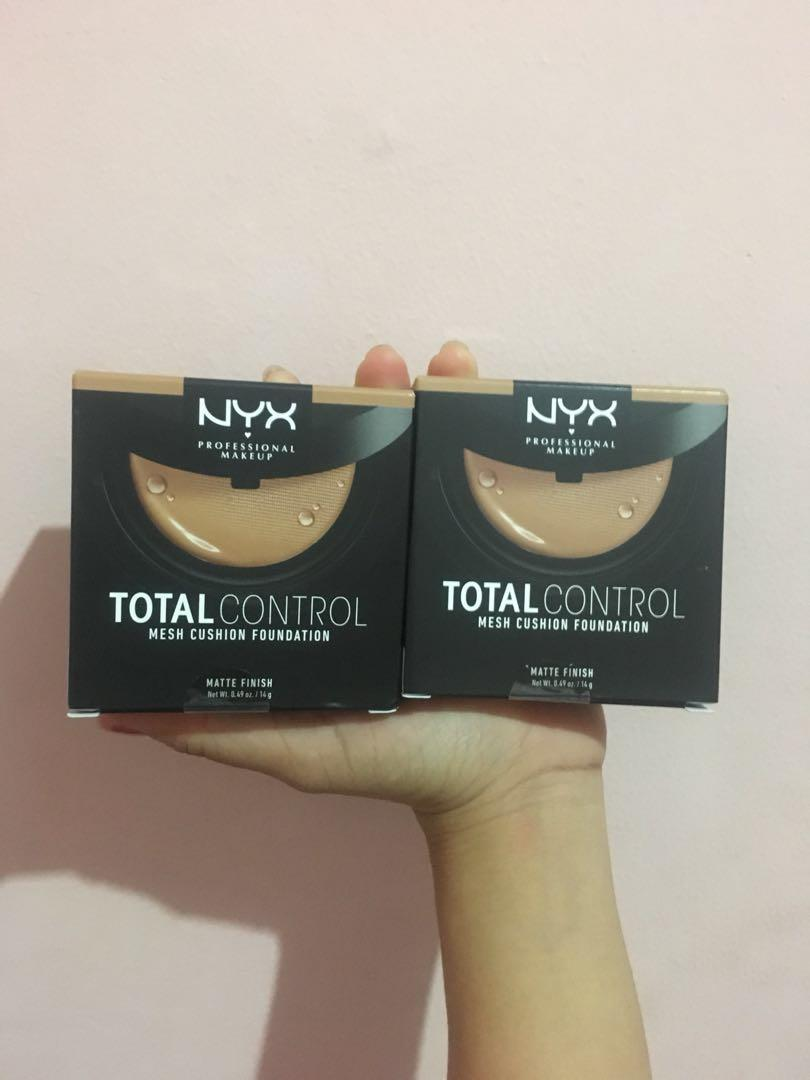 NYX Total Control Mesh Cushion Foundation