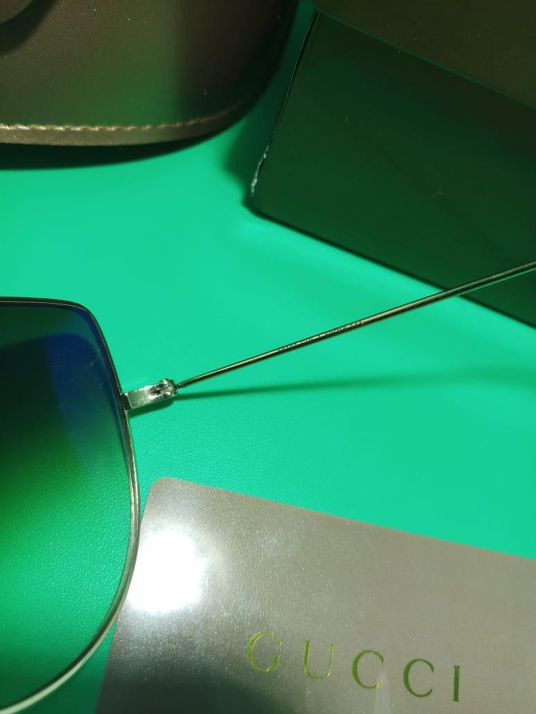 Original Gucci Sunglasses 1 Set Authenticity Certified Card