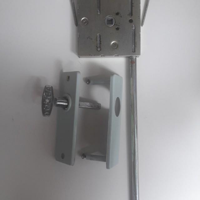 Pvc Bifold Door Lock Toilet Handle Ytl Bathroom Lock Everything Else On Carousell