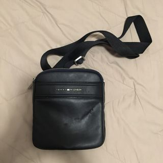 7f55597d341 Tommy Hilfiger BAG RUSH