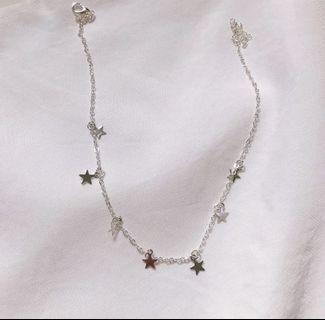 minimalist silver star necklace
