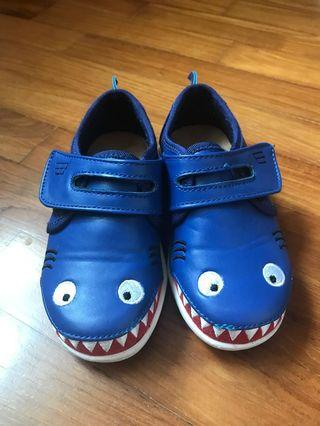 Emu Australia Shark Shoes