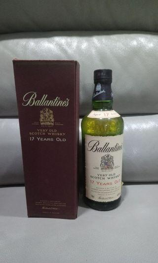 🚚 Vintage Ballantines Very old Scotch Whisky 17 years Old
