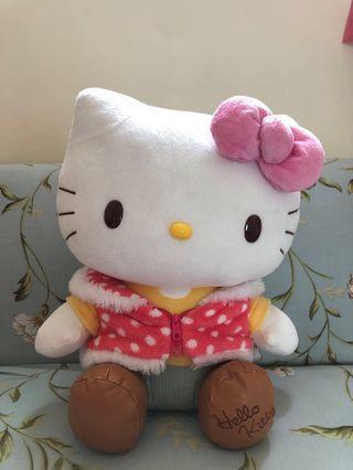 Hello Kitty 大公仔