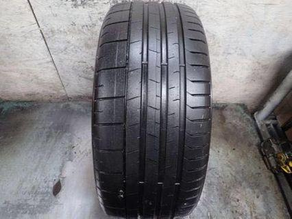 235/40/19 Pirelli Pzero