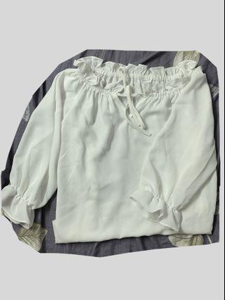 白色繫帶雪紡木耳邊(可一字膊)上衣