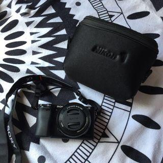 (postage only no cod) Sony A6000 + kitlens