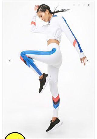 Women's medium white leggings (new w/tags)