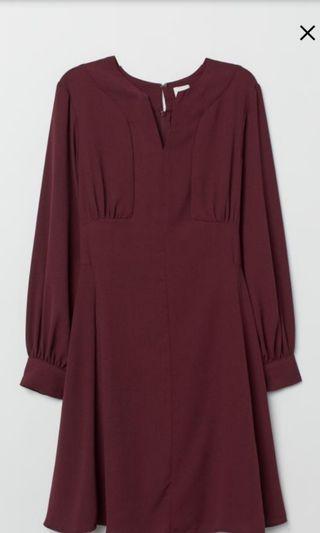 BNWT H&M Crepe Dress in Wine