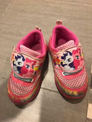 🚚 彩虹小馬球鞋