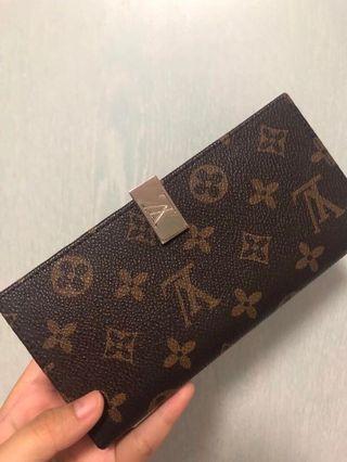 🚚 LV authentic vintage wallet