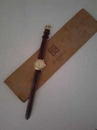 🚚 Authentic Givenchy Ladies Watch