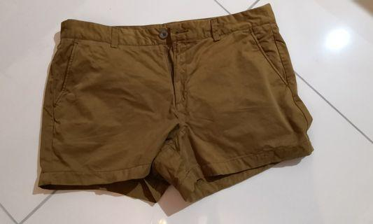 Uniqlo Tan shorts for women