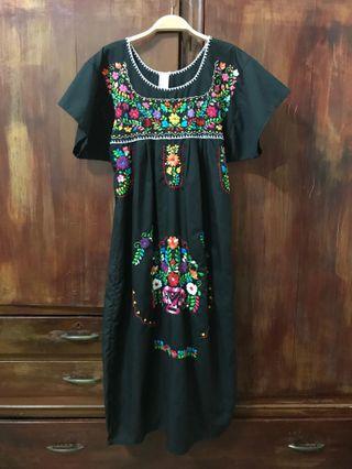 墨西哥刺繡洋裝