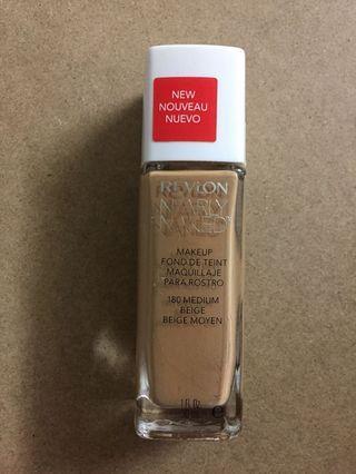 STILL SEALED! Revlon 180 medium beige