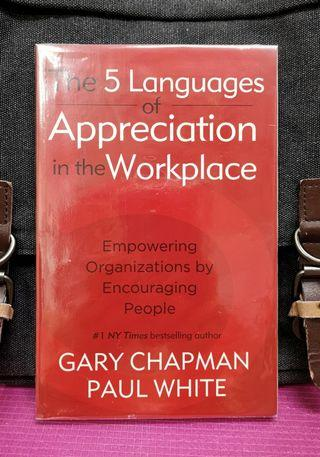 《Preloved Paperback + Reveal An Effective Method Of Communication In Workplace》Gary Chapman & Paul White -  THE 5 LANGUAGES OF APPRECIATION IN THE WORKPLACE : Empowering Organizations by Encouraging People (JILL)