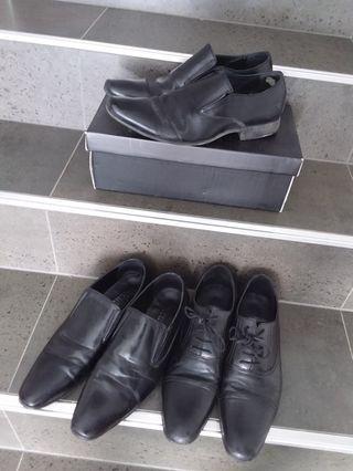 3x Pairs Men's Dress Shoes- Size 9
