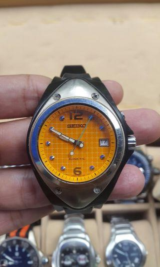Seiko kinetic dial orange