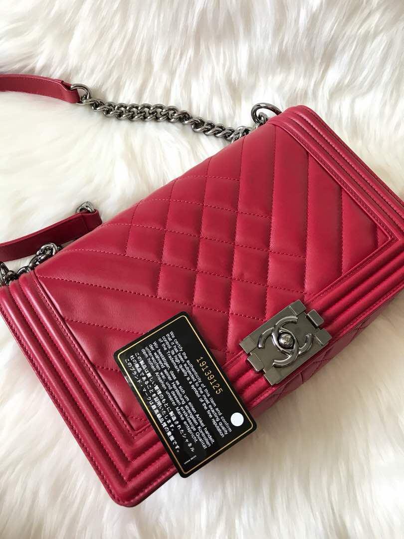 6dd871dc0fb0 100% authentic Chanel Boy Calf Leather - Old Medium Size, Luxury ...