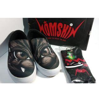 Homskin Footwear slip on eyes