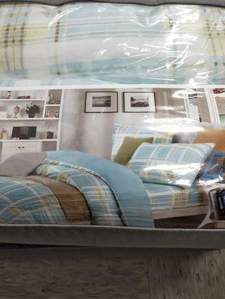 🚚 琥珀之下涼感雙人床包被套組