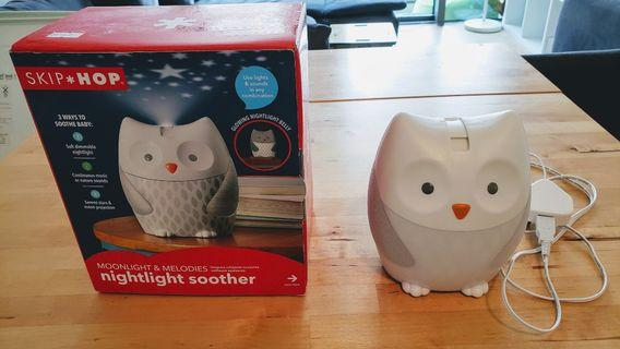 Skip Hop Moonlight & Melodies Crib Soother and Baby Night Light, Owl
